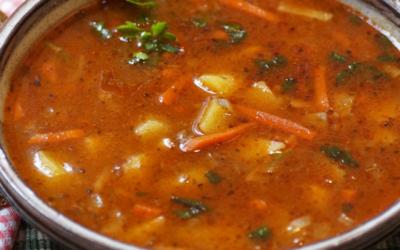 Our favourite Vegan Goulash Soup